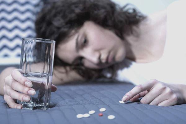 Disintossicazione da farmaci: perché l'astinenza a volte è difficile?