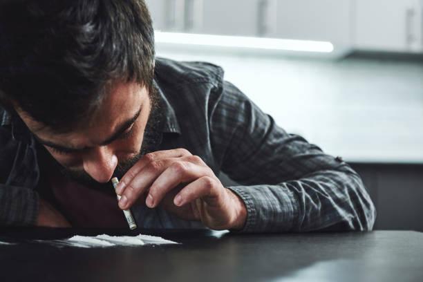 Dipendenza da cocaina: ecco quali sono i rischi e gli effetti sul organismo