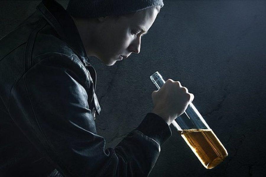 Alcolismo: sempre più allarme nei giovani
