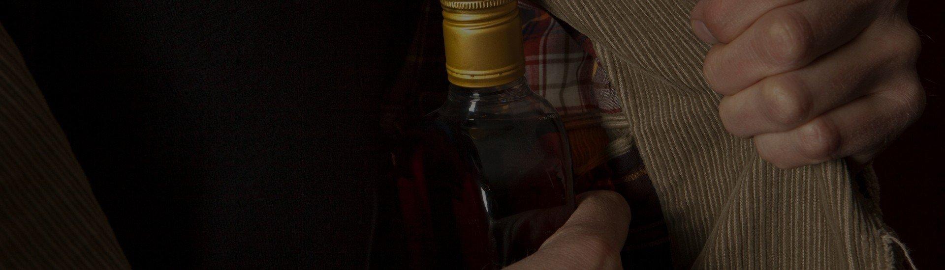 Alcolismo nascosto. Quando si beve in segreto